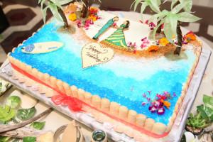 リゾートテイストのウェディングケーキ★