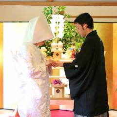 指輪交換は和の結婚式でももちろん重要なセレモニー。