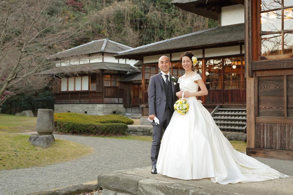 和風庭園で写真撮影