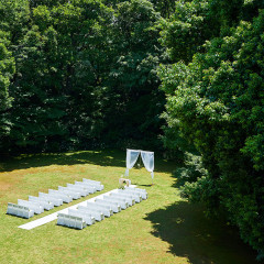 旧細川侯爵邸 和敬塾本館のお庭で結婚式
