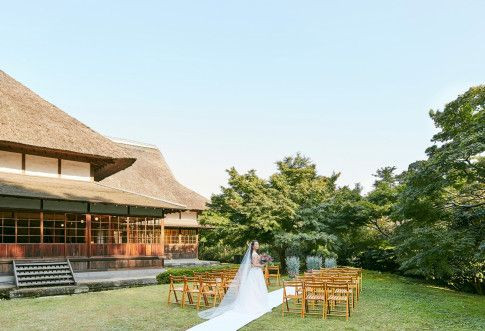 和風結婚式場でガーデン挙式