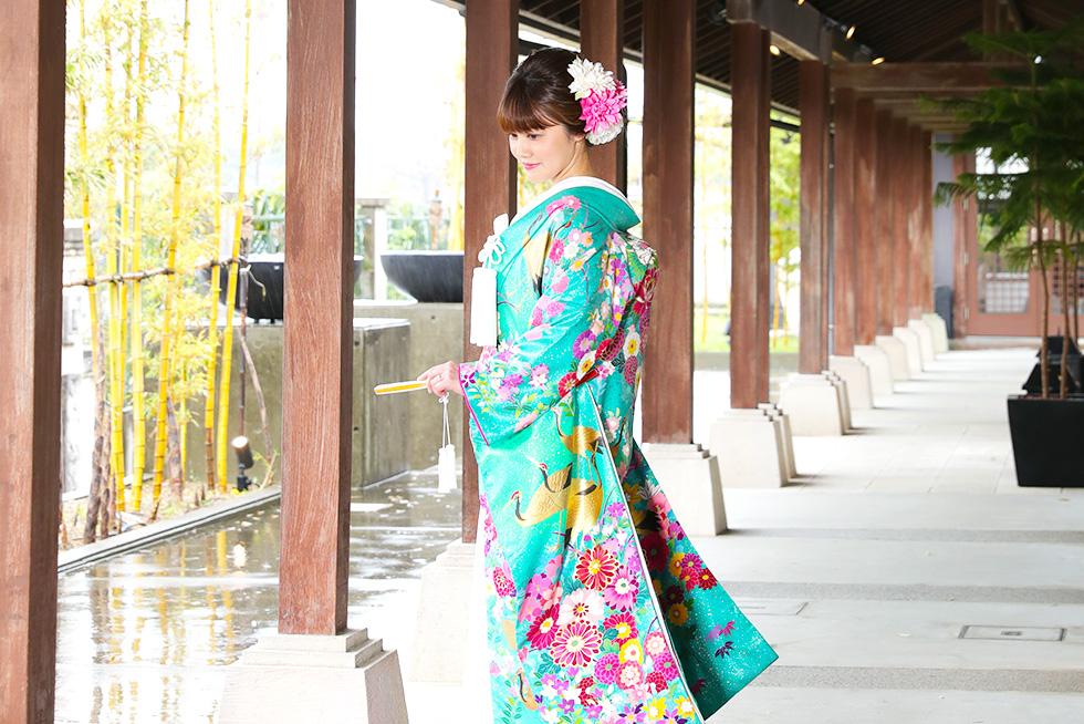 日本人ならではの和装も